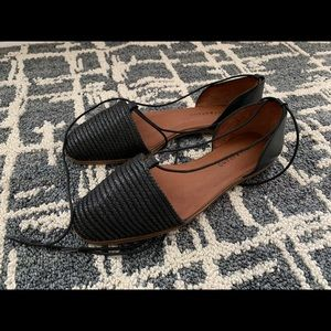 Lucky Brand Black Tie String Woven flats 9M
